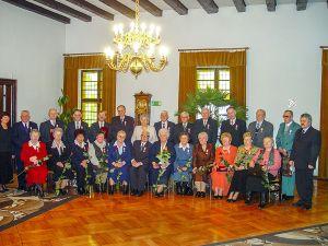 Burmistrz T. Pawłowski podczas uroczystości z okazji 50-tej rocznicy ślubu