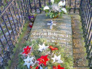 Grób Stefana Bobrowskiego